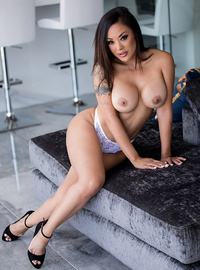fatest woman on earth pussy pics